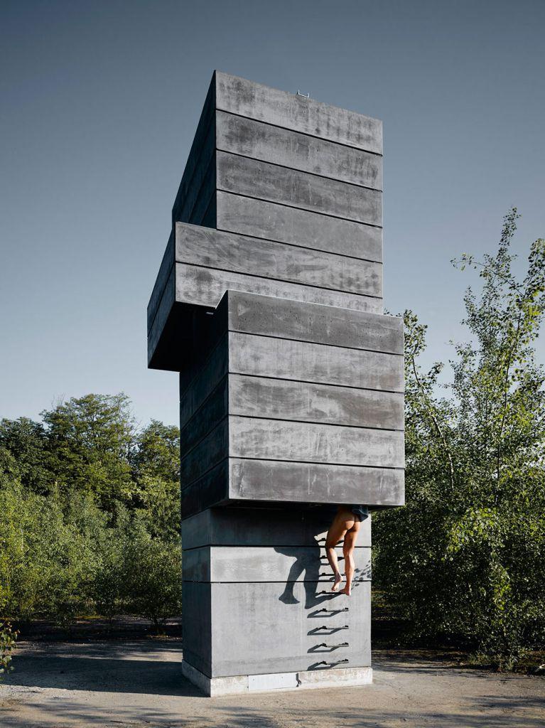 One man sauna modulorbeat architekten m nster for V column architecture